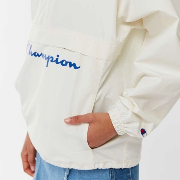 Champion Jackets & Blazers - CHAMPION UO EXCLUSIVE PACKABLE ANORAK JACKET